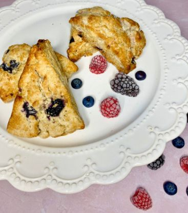 Picture of Queen Marie Gluten Free Berry Scone Box